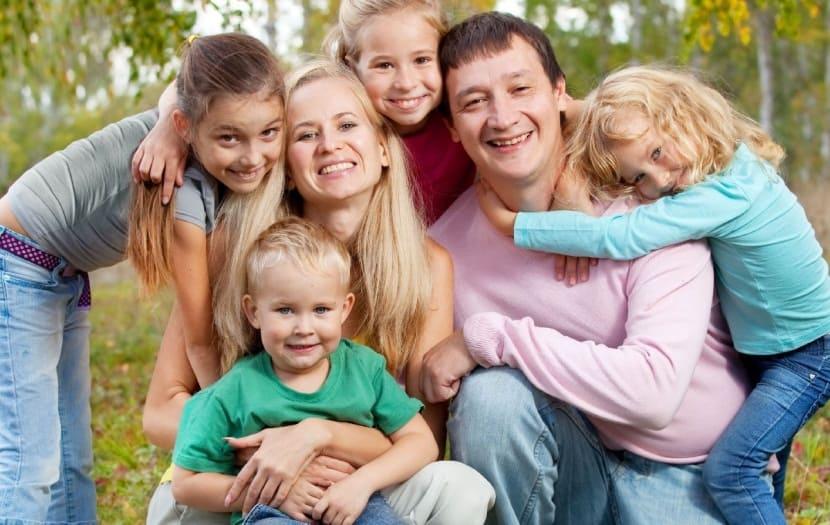 Школа для приемных родителей